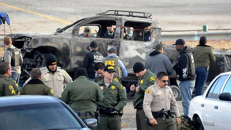 2013-02-08T012214Z_01_GRB05_RTRMDNP_3_USA-CALIFORNIA-COP.JPG7035012484583615142.jpg