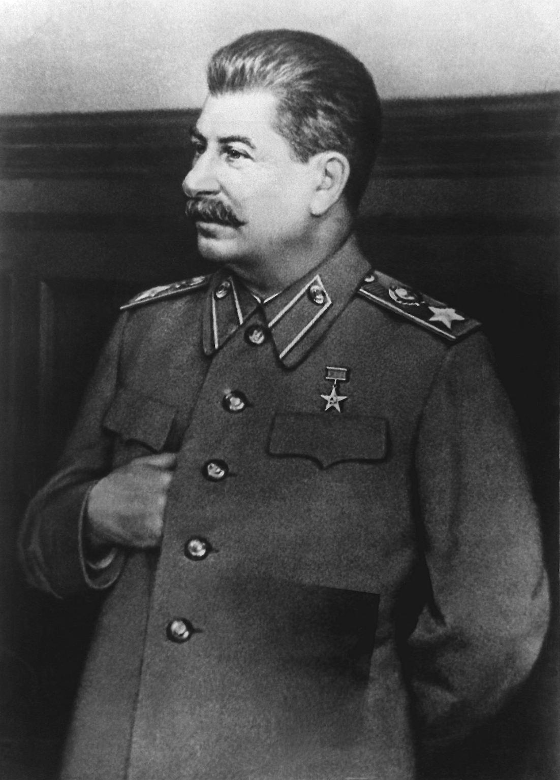 Stalin_Porträt_undatiert.jpg