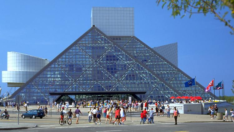 Cleveland_Rock'n'Roll Hall of Fame.jpg