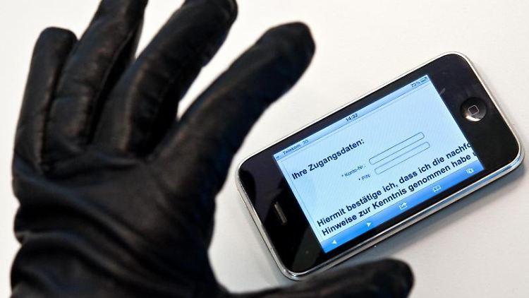 Smartphone Weg: Was Kostet Der Handy-Verlust?