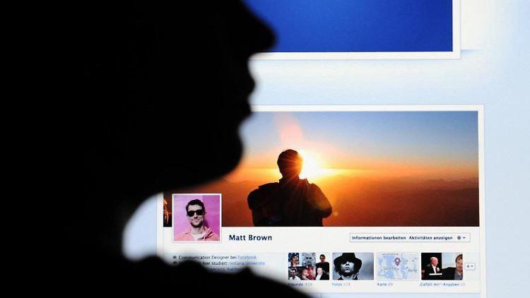 Facebook soll an einem neuenDienst namens «Reader» arbeiten. Foto: Julian Stratenschulte