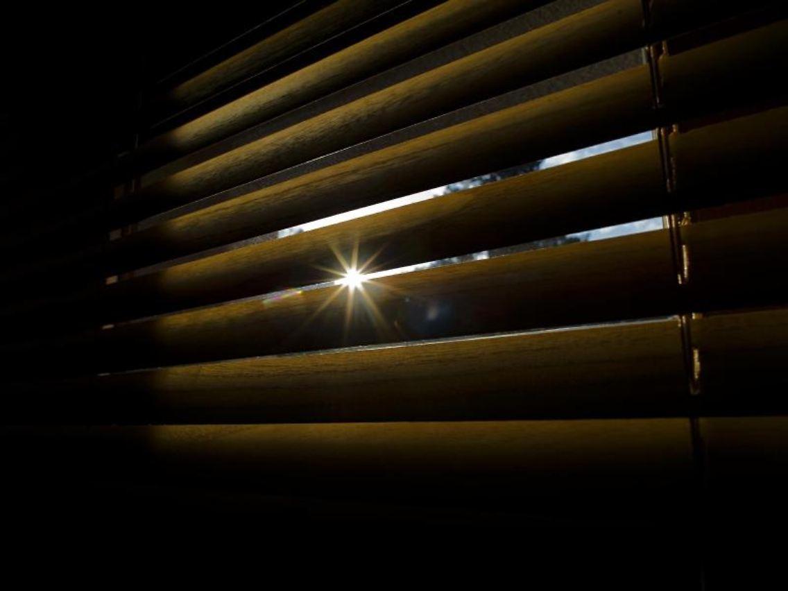 Wachskerzen Geschmolzen Sommerhitze In Wohnung Kann Kündigungsgrund