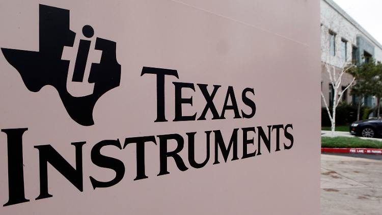 Earns_Texas_Instruments_NYBZ104.jpg2276795794708862135.jpg