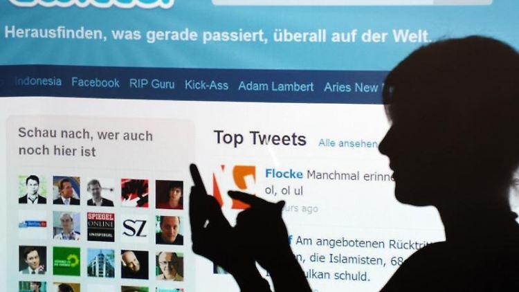 Wer bei Twitter nach einer Personen sucht, erhält nun neben dem Namen auch das Profilbild angezeigt. Foto:Armin Weigel