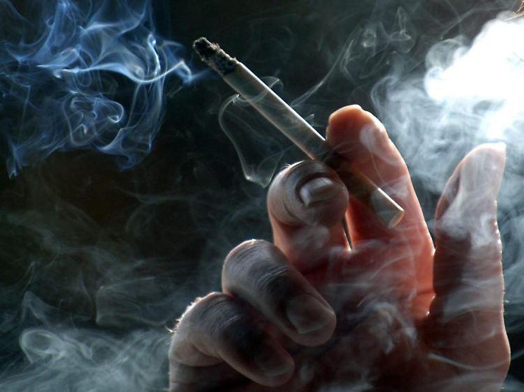 brandschutzt ren vorh nge und l ftung zigarettenrauch aus dem haus bekommen n