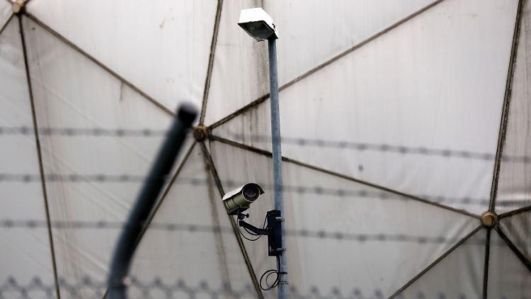 2013-08-13T104930Z_623200068_GM1E98D1FIQ01_RTRMADP_3_USA-SECURITY-GERMANY.JPG5677895902862739351.jpg