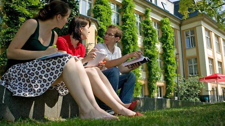 Einige Hochschulen - wie hier die Bucerius Law School in Hamburg - sind mit ganz neuen Studienkonzepten angetreten. Foto: Bucerius Law School/D. Jaeger