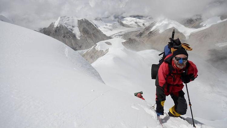 17 (1) Steilaufschwung Lager 2 Holger.jpg