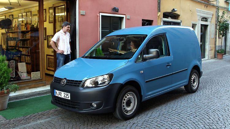 VWCaddy220612.jpg