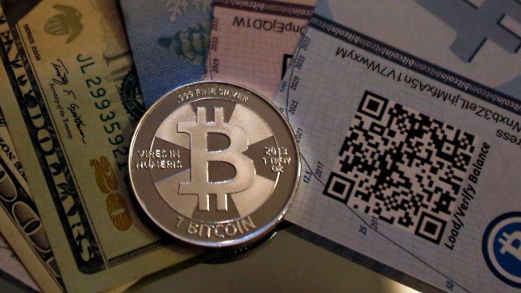 Bitcoin_Münze.jpg