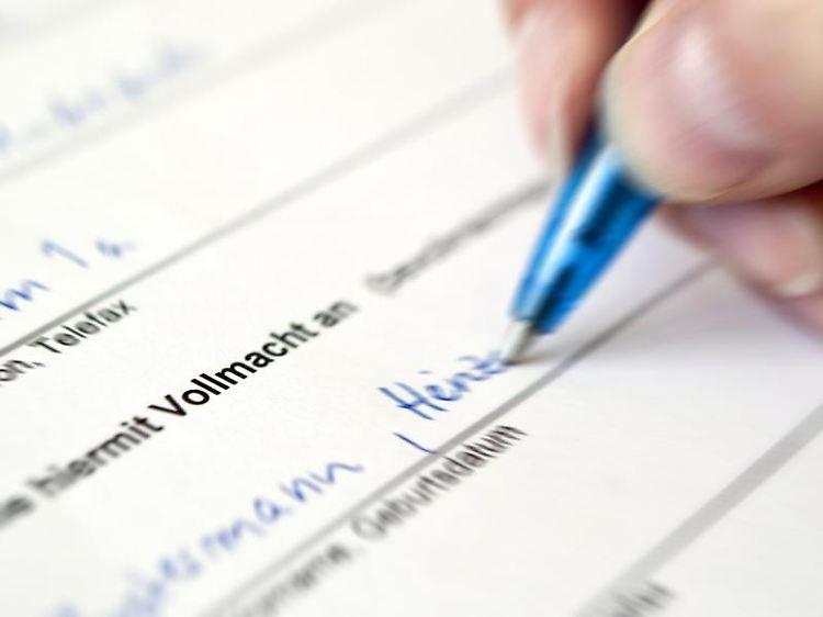 Richtig Handeln Nach Todesfall Finanzen Für Den Trauerfall Regeln