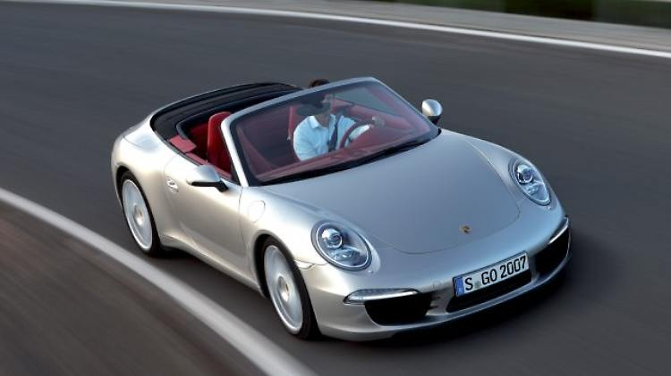 Porsche 911 Carrera S Cabrio.jpg