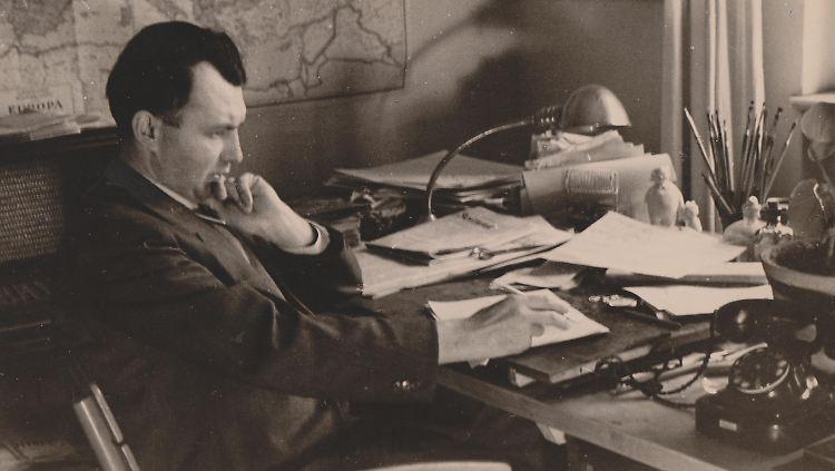 Ohser_Schreibtisch_1942.jpg