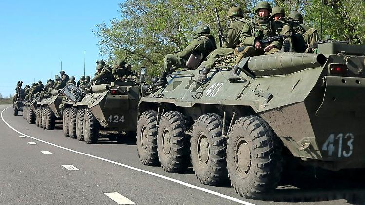 2014-04-25T091800Z_705653359_GM1EA4P1BXT01_RTRMADP_3_UKRAINE-CRISIS.JPG1589316497781369813.jpg