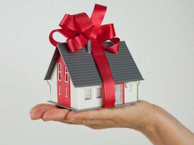 wiederholen gestohlen geschenkt ist geschenkt gilt nicht immer n. Black Bedroom Furniture Sets. Home Design Ideas