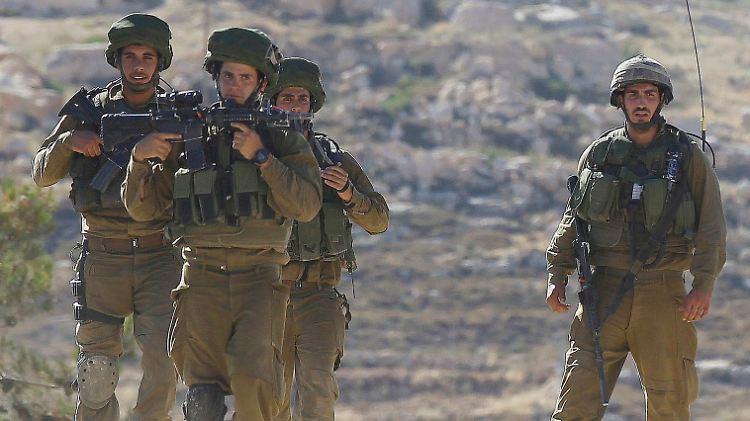 2014-06-14T161139Z_288033945_GM1EA6F00GO01_RTRMADP_3_PALESTINIAN-ISRAEL.JPG955912810722436250.jpg
