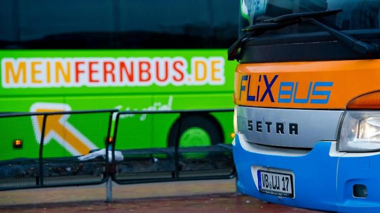 «FlixBus» ist Testsieger. Mit «Gut» schnitt aber auch «MeinFernbus» ab. Foto: Christoph Schmidt