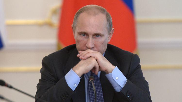 Rubelverfall und Inflation stürzen die russische Wirtschaft in die Krise.