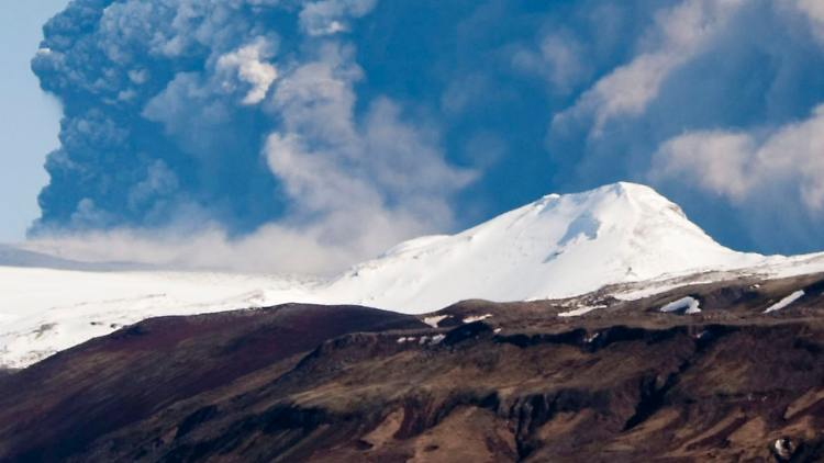 island_vulkan.jpg