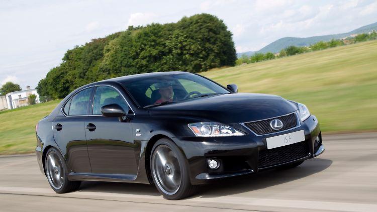 LexusISF2608002.jpg
