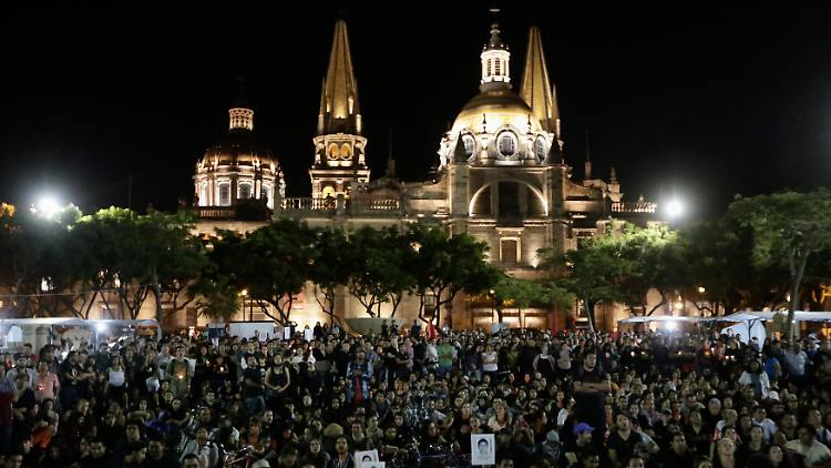 2014-10-09T050455Z_687847435_GM1EAA9108H01_RTRMADP_3_MEXICO-VIOLENCE.JPG6359853536849045577.jpg