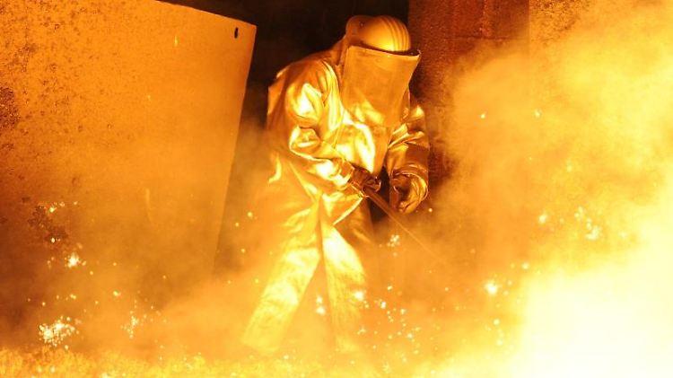 Auch ein Stahlwerk in Deutschland geriet ins Visier der Hacker. Foto: Caroline Seidel/Symbolbild