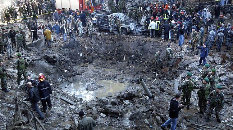 Krater an der Bombenstelle.jpg