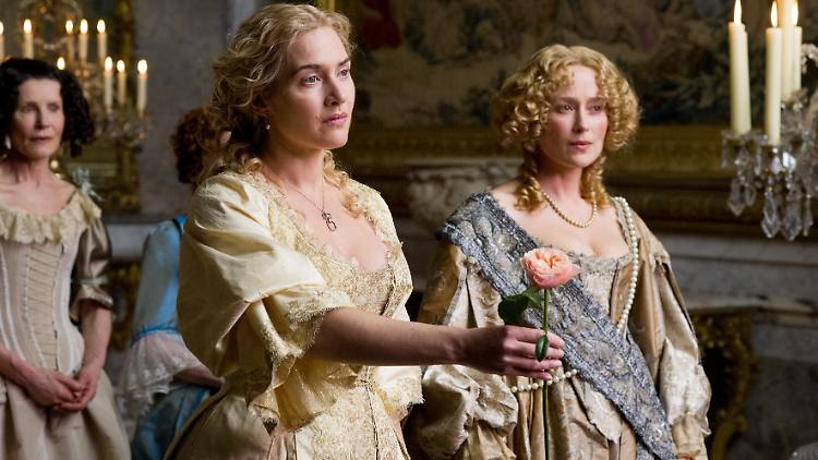 Kate Winslet, Jennifer Ehle (Madame De Montespan).jpg