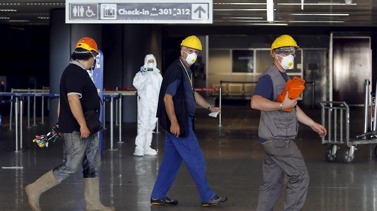 Großfeuer Legt Flughafen Lahm Rom Fiumicino Streicht Flüge