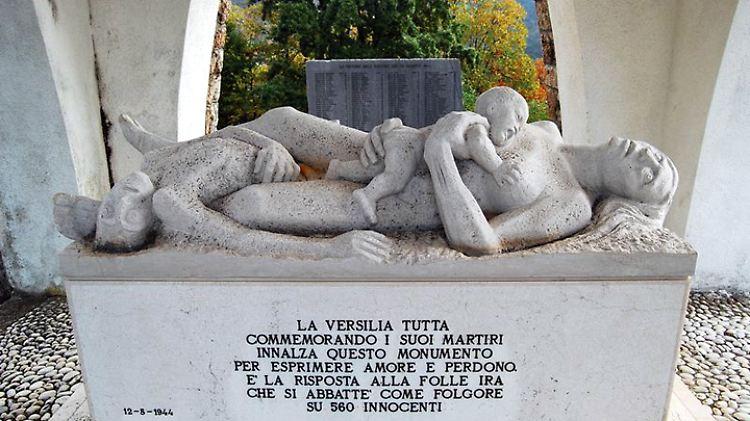 StatuaOssarioSantannaDiStazzema.jpg
