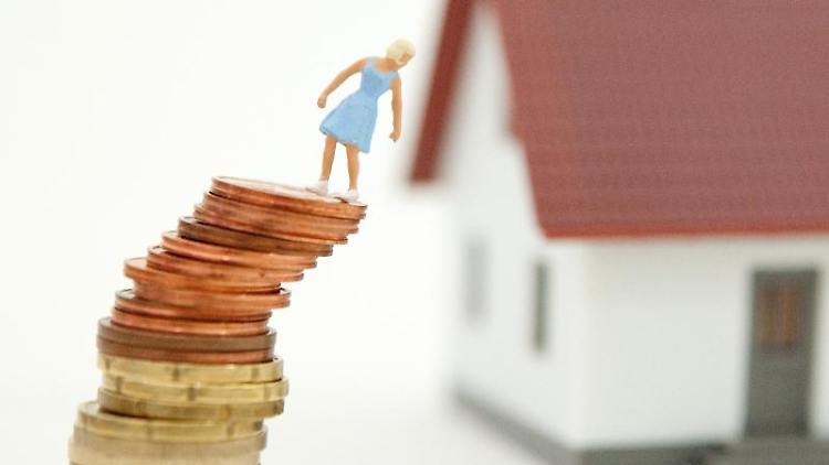 Immobilienbesitzer sollten bedenken: Nutzen sie den «Widerruf-Joker», müssen sie den ausstehenden Kreditbetrag innerhalb von 30 Tagen ihrer Bank zurückzahlen. Foto:Andrea Warnecke