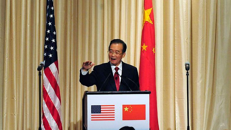 2010-09-23T030257Z_01_NYK820_RTRMDNP_3_USA-CHINA-WEN.JPG2320008164230188720.jpg