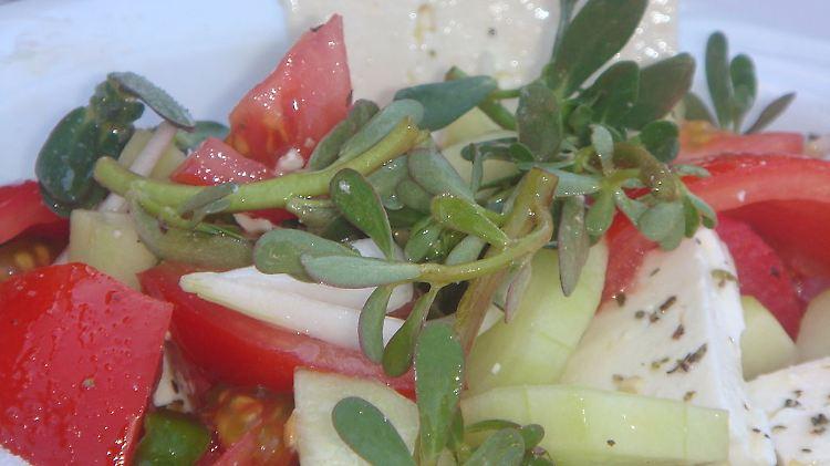 1024px-Glistrida_Greek_salad.JPG