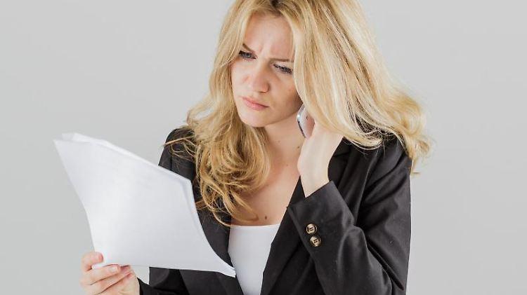 Mieter sollten ein Mieterhöhungsschreiben besser genau prüfen. Der Vermieter muss gewisse Vorgaben einhalten. Tut er das nicht, ist die Erhöhung zunächst unwirksam. Foto: Monique Wüstenhagen