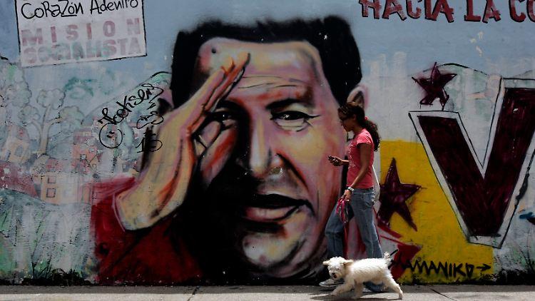 Venezuela_Elections_XFLL105.jpg5356478889783735921.jpg