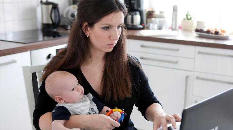 Maja Skubella arbeitet als Coach in Hamburg und berät unter anderem Mütter und Väter beim Wiedereinstieg in den Job.jpg