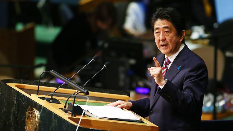 Die Regierung von Ministerpräsident Shinzo Abe will den Anteil der Atomenergie niedriger halten als vor der Katastrophe.