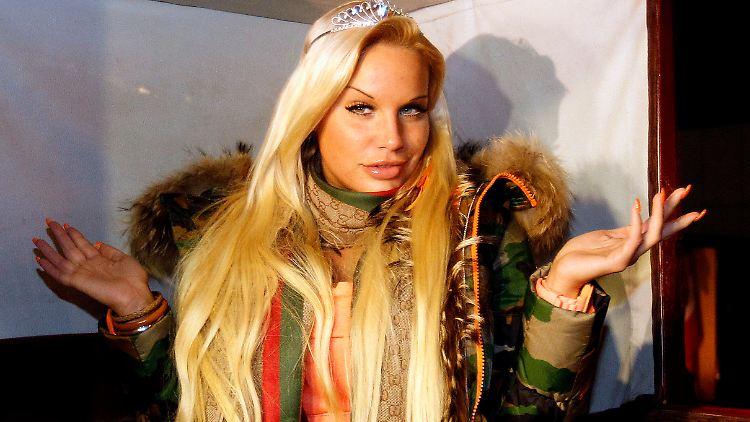 Strafbefehl Gegen Ex Topmodel Lohfink Soll Vergewaltigung