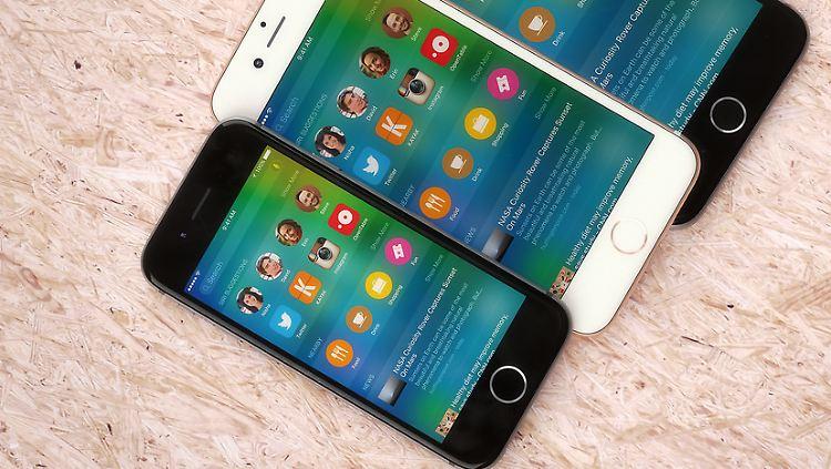 iPhone 5 se Hayek.jpg