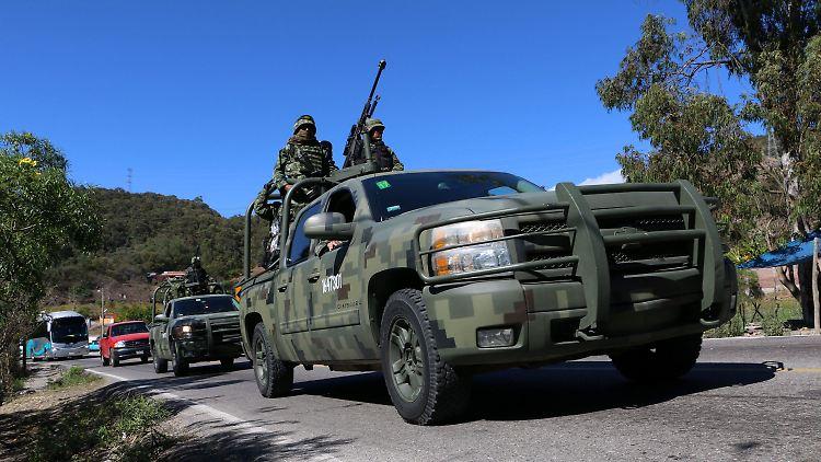 Mexiko Kartell Brücke.Kumpane Von El Chapo Mexiko Gelingt Schlag Gegen Sinaloa Kartell