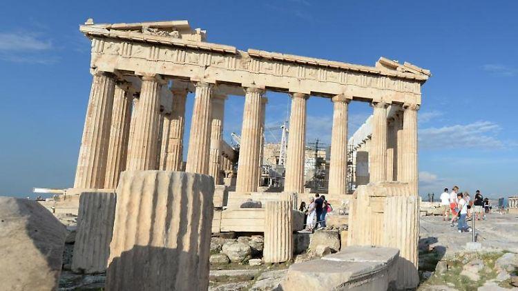 Anziehungspunkt Akropolis: Etwas mehr Urlauber aus Deutschland als im Vorjahr haben für 2016 einen Urlaub in Griechenland gebucht. Foto: Andrea Warnecke