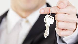 Wer einen Teil seiner Wohnung untervermieten will, sollte seinen Vermieter um Erlaubnis fragen. Sonst droht die Kündigung. Foto:Monique Wüstenhagen
