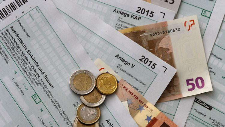 Geld zurück von der Steuer: Was Arbeitnehmer absetzen ...