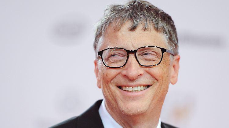 Hat gut lachen: Microsoft Gründer Bill Gates (60) ist mit einem Vermögen von 75 Milliarden Dollar immer noch die unangefochtene Nummer eins.