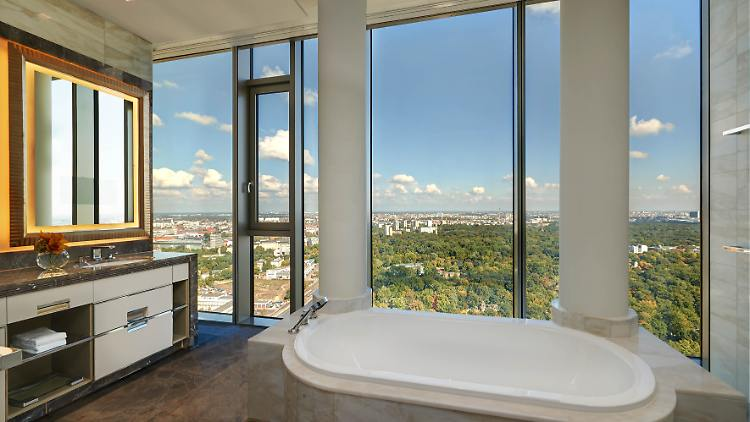 BERWA_Pres Suite_Guest Bathroom.jpg