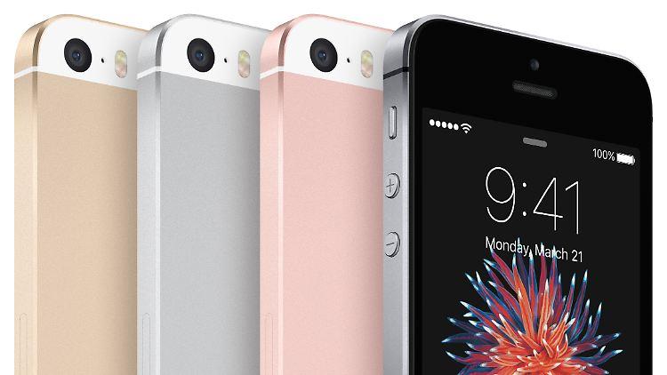 iPhoneSE-4ColorLineUp-PR_US-EN-PRINT.jpg