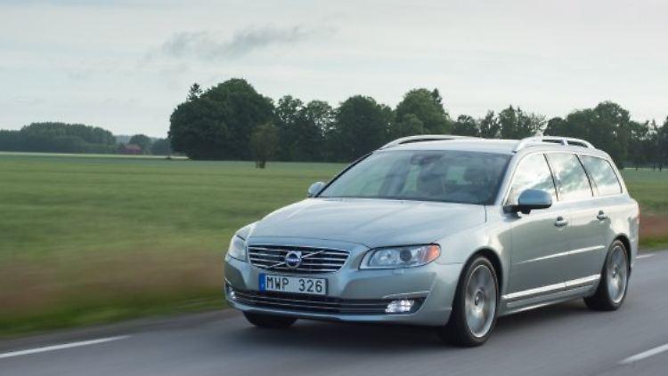 Volvo V70.jpg