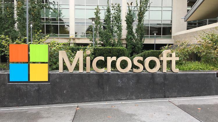 Microsoft Redmond Headquarter.jpg