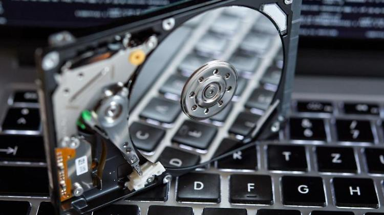 Vorsicht vor Datenverlust: Die Lebensdauer einer Festplatte ist stark von ihrer jeweiligen Lagerung abhängig. Foto: Matthias Balk