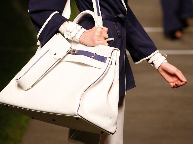 Hermes Luxus ein n FrankreichLVMH in Hochzeit bei steigt